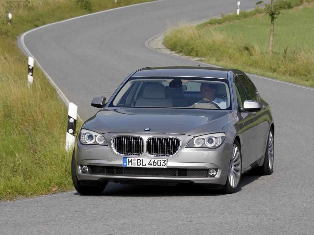 BMW 750Li (��� 7 �����...
