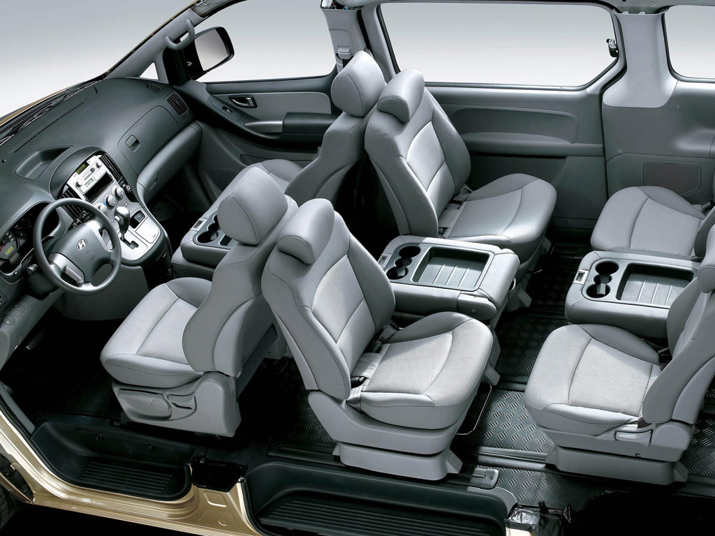 Фото Hyundai Grand Starex 2007.