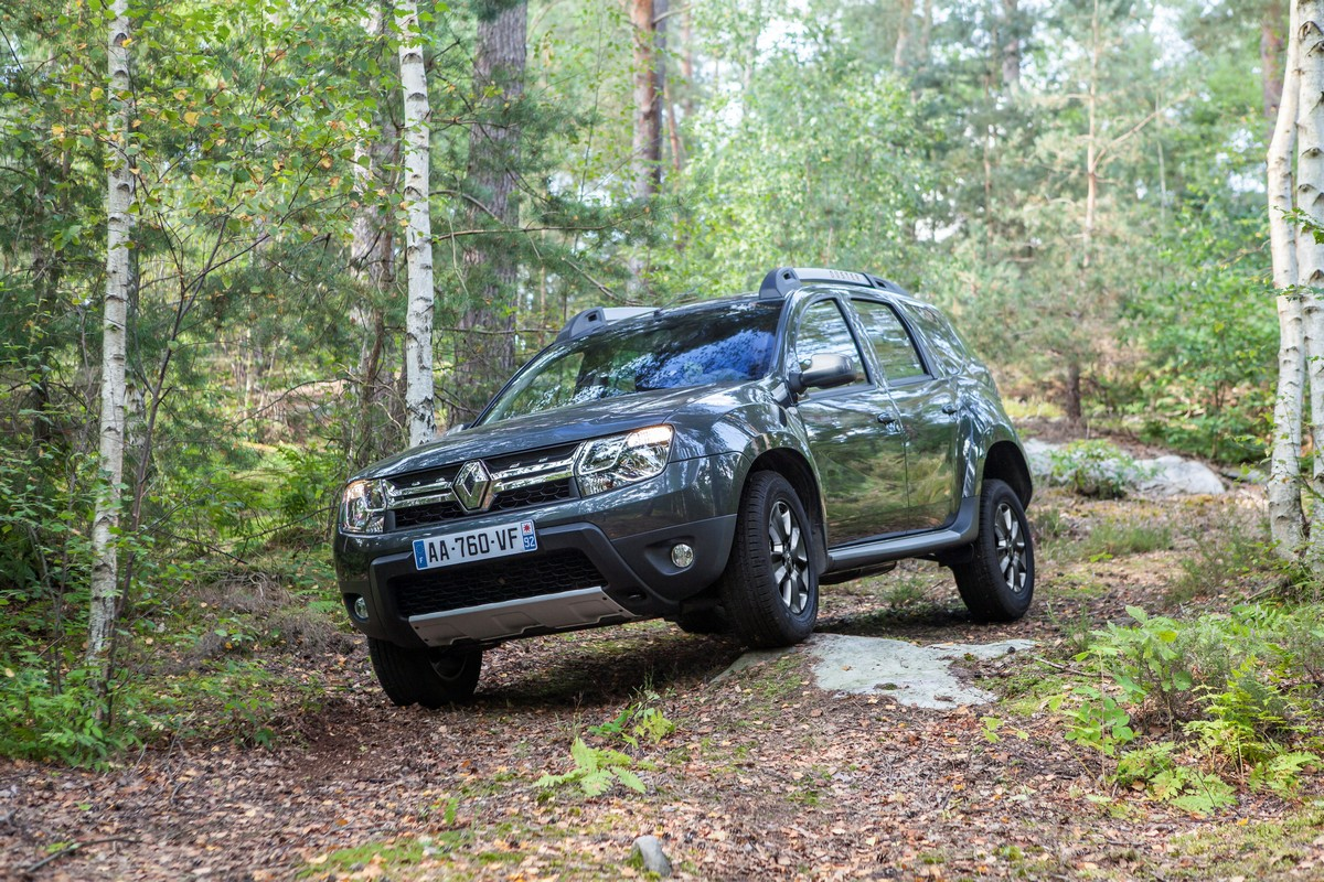 ����� Renault Duster 2014 — ���������, ���� 1