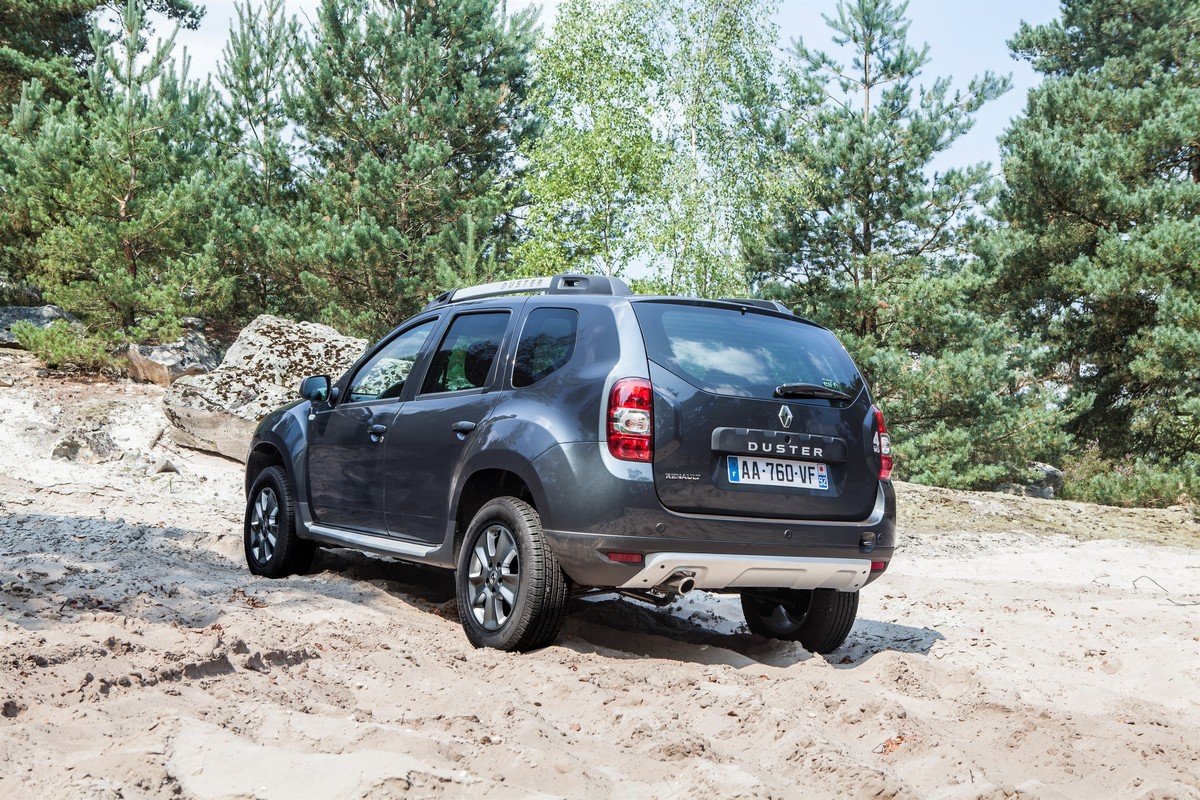 ����� Renault Duster 2014 — ���������, ���� 2